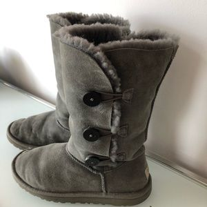 Gray Ugg Boots w Side Buttons